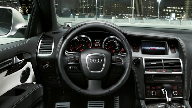 Audi-Q7-4x4-18