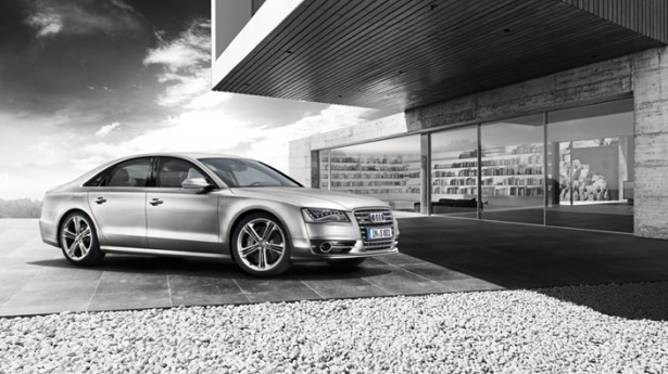 Audi-S8-17