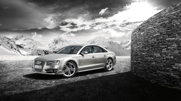 Audi-S8-21
