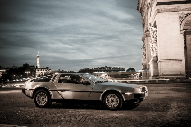 DeLorean-DMC12