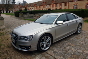 Essai AUDI S8 2012