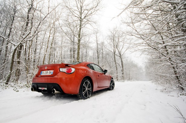 Toyota-GT-86-test-drive-back