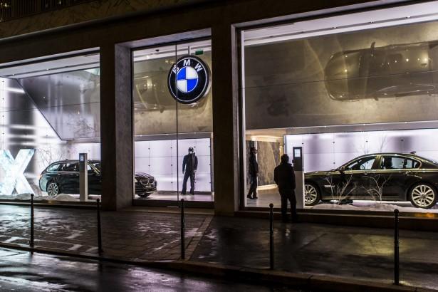 BMW-George-V-38-avenue-Gerorge-V-Paris