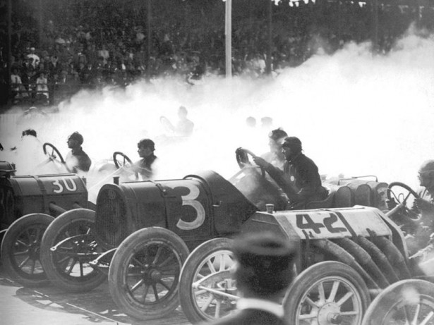 1910 indianapolis wheeler and schebler trophy 200-mile - joe dawson (30 marmon), frank fox (pope-hartford), louis chevrolet (buick)