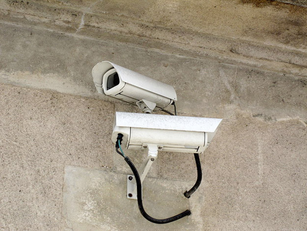 Cameras-surveillance-Paris