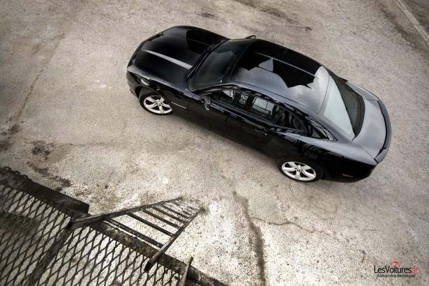 Chevrolet-Camaro-V8-2012-4