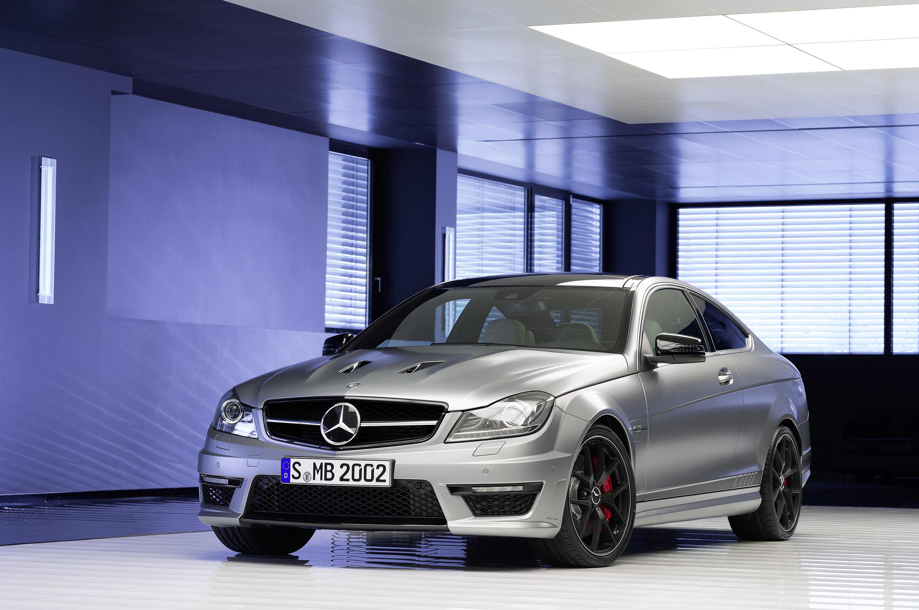 2013 Mercedes-Benz C 63 AMG Edition 507