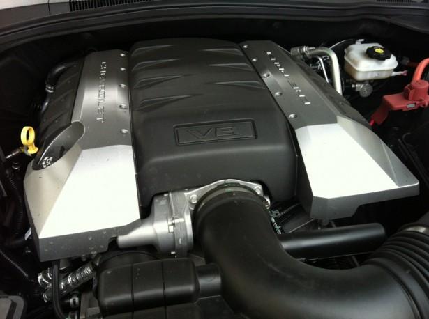Motor-Camaro-V8-2013