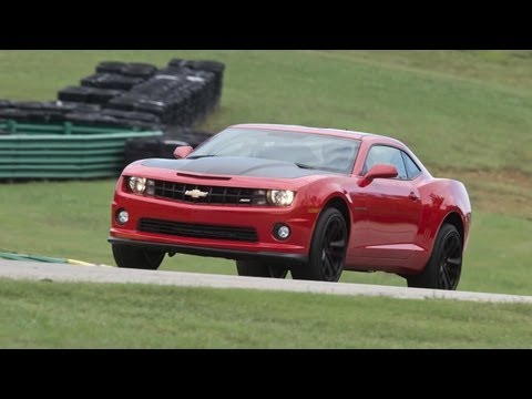 2013 Chevrolet Camaro SS 1LE – 2013 Lightning Lap – LL2 Class – CAR and DRIVER