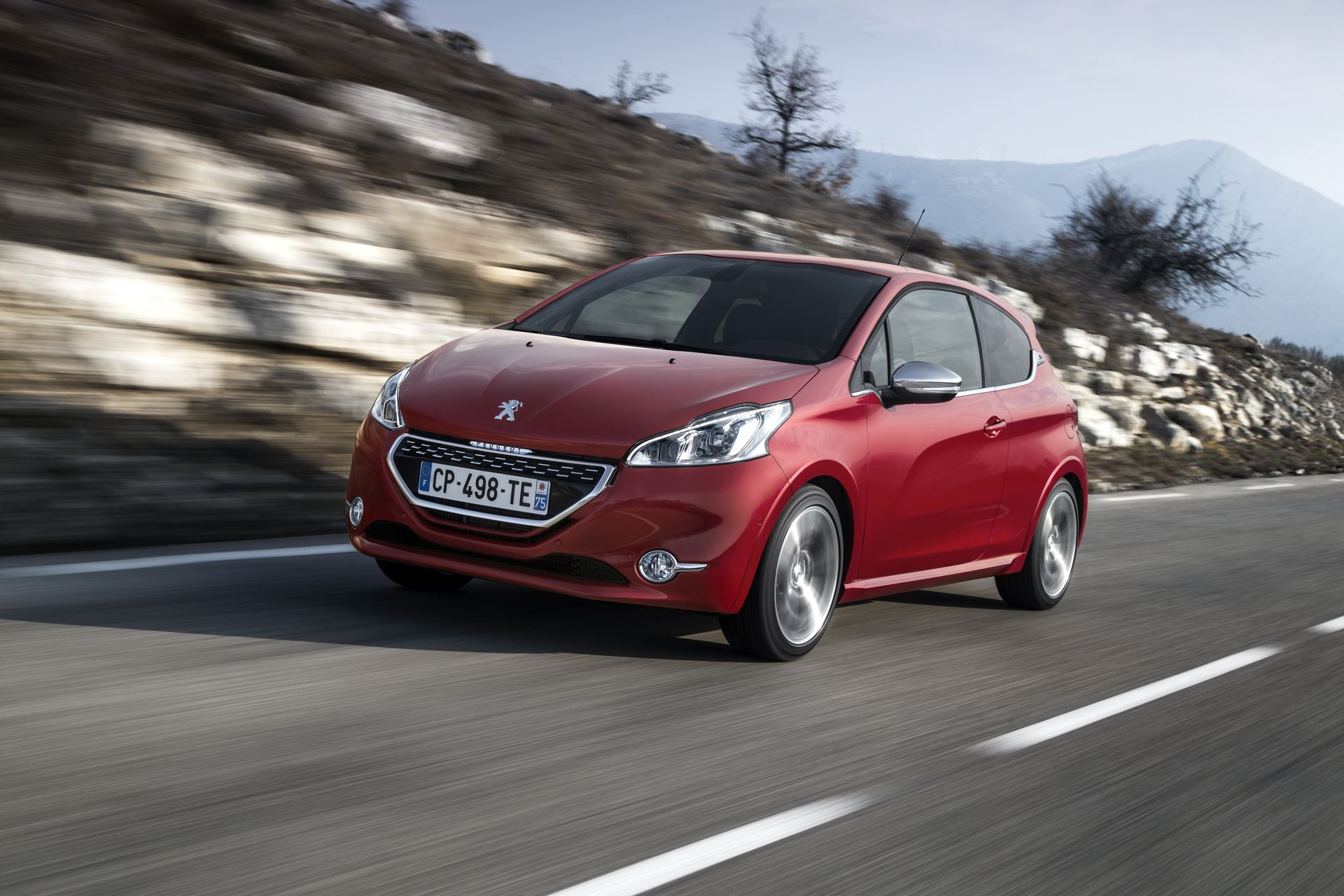 Peugeot 208 : les versions GTi et XY disponibles !