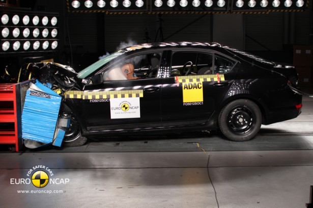 crash-test-skoda-octavia