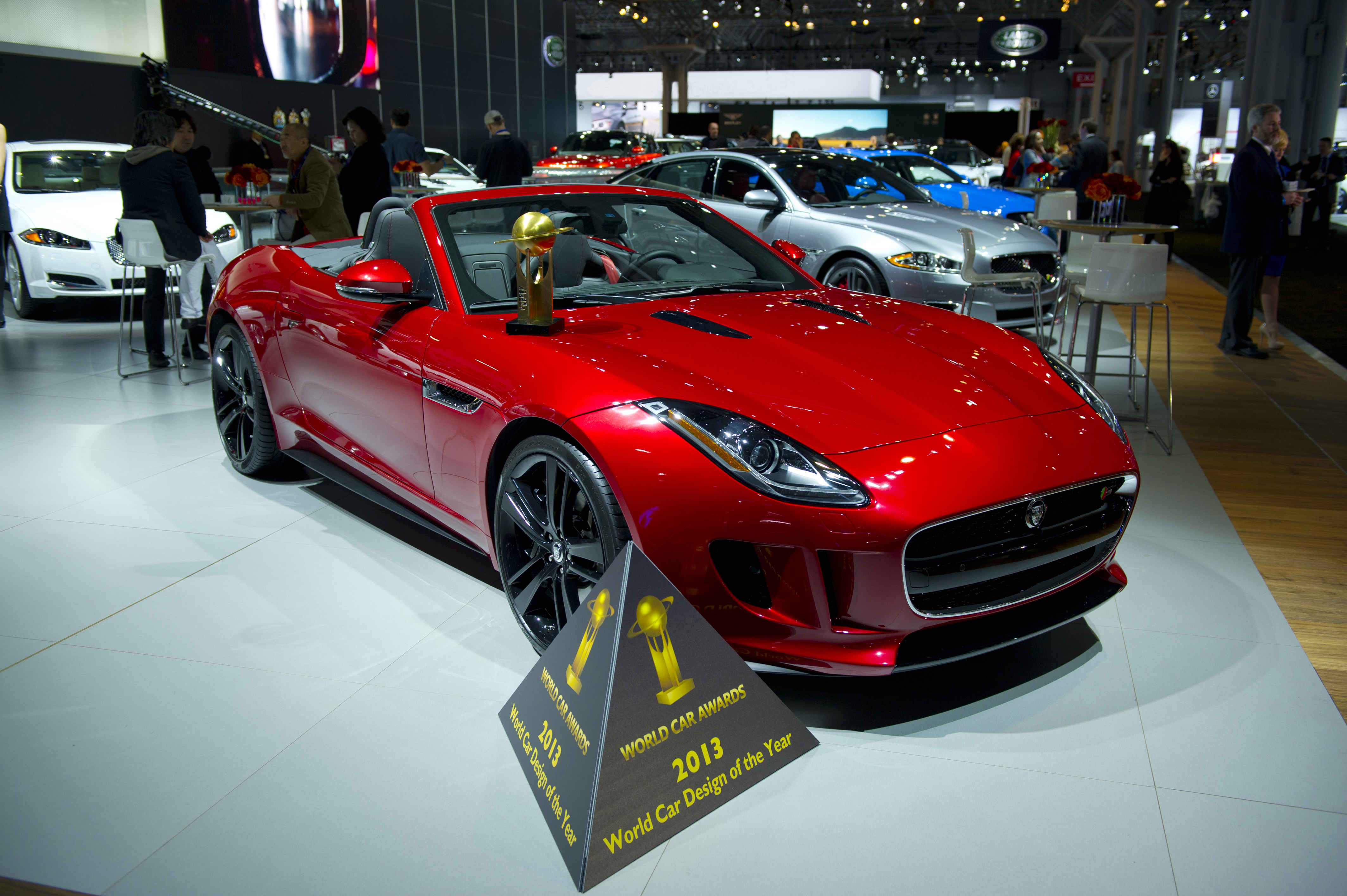 jaguar-f-type-best-design-2013-new-york