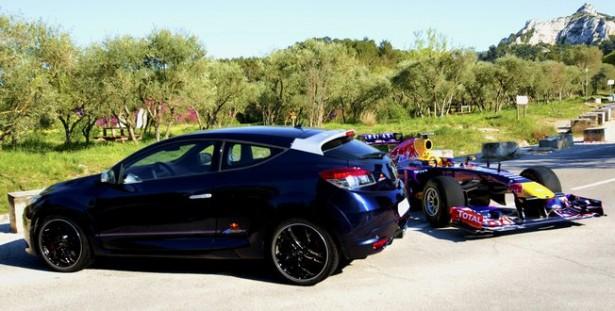 megane-rs-red-bull-racing-rb8-vettel-F1