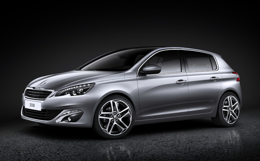 Peugeot 308 : la compacte franaise devient &#8220;Premium&#8221;