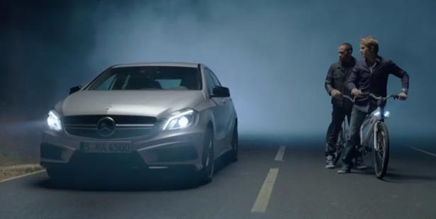 rosberg-hamilton-mercedes-classe-a-tv-commercial-apparition