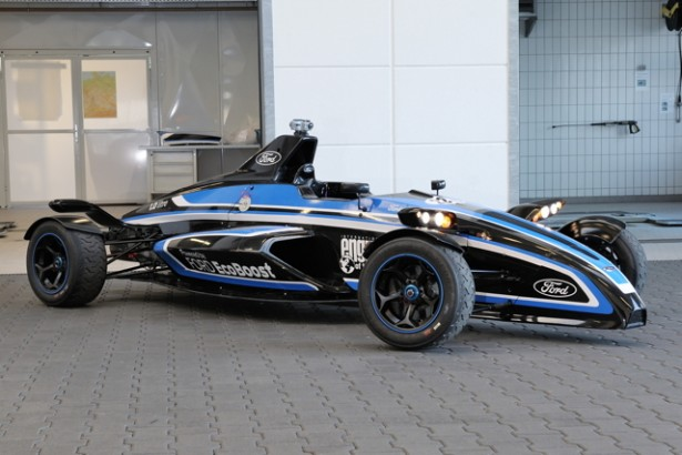 Ford-Formule-ford-EcoBoost-record-Nurburgring-chris-harris-video