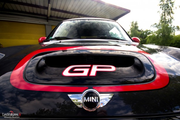 mini-paceman-cooper-s-all4-essai-test-drive-mini-john-cooper-works-gp-2-logo