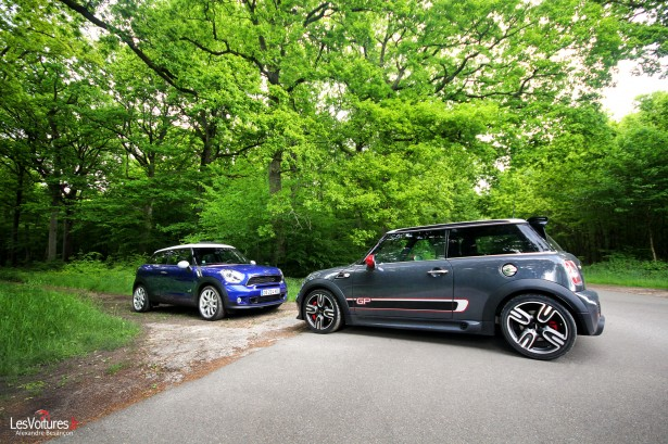 mini john cooper works gpii vs mini paceman cooper s all4 essais en famille les voitures. Black Bedroom Furniture Sets. Home Design Ideas