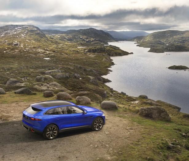 jaguar-c-x17-concept-crossover-francfort-2013 (12)