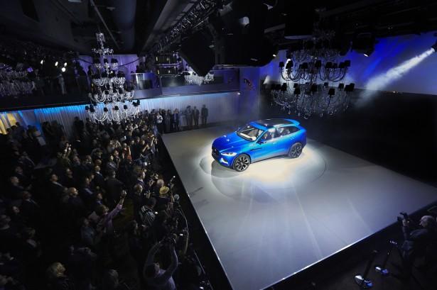jaguar-c-x17-concept-crossover-francfort-2013 (7)