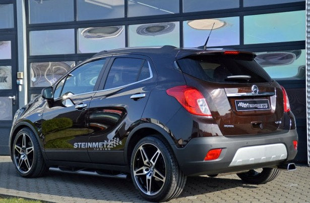 opel mokka le suv en mode tuning gr ce steinmetz les voitures. Black Bedroom Furniture Sets. Home Design Ideas
