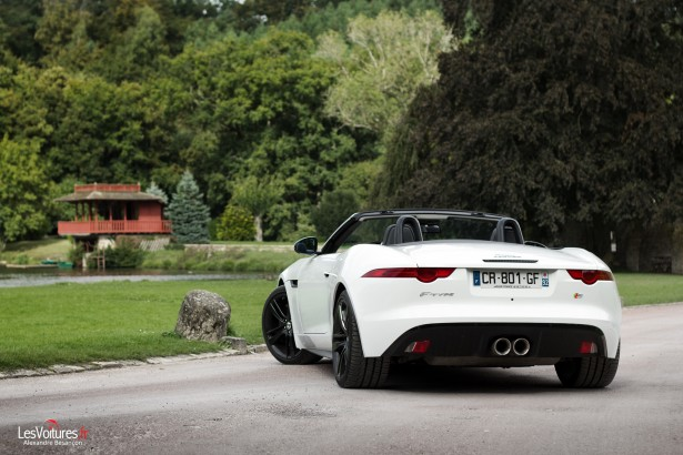 jaguar-f-type-s-v6-23