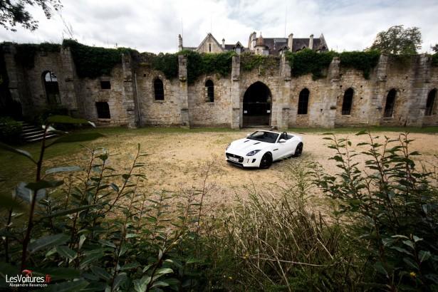 jaguar-f-type-s-v6-abbaye-des Vaux-de-Cernay-13