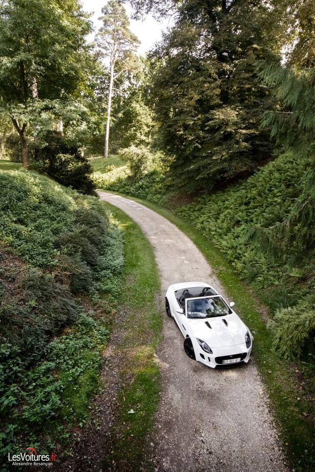 jaguar-f-type-s-v6-abbaye-des Vaux-de-Cernay-6