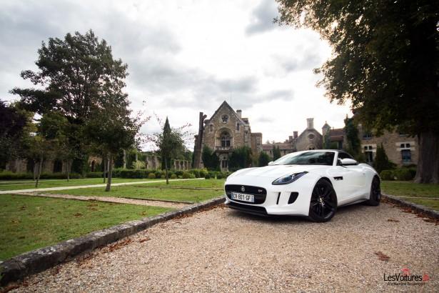 jaguar-f-type-s-v6-abbaye-des Vaux-de-Cernay