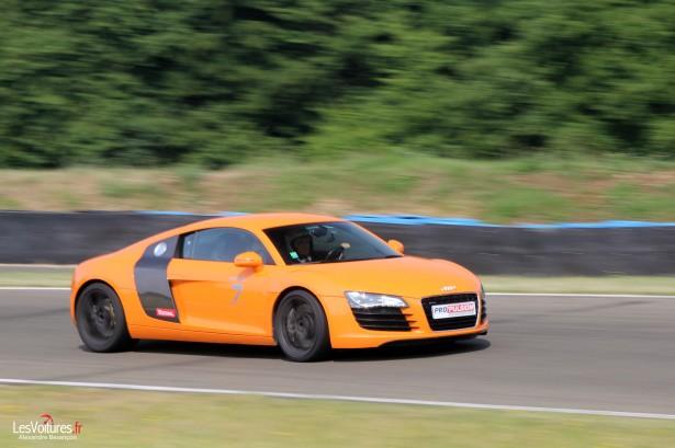 stage-pilotage-pro-pulsion-circuit-est-parisien-dreux-audi-r8-orange