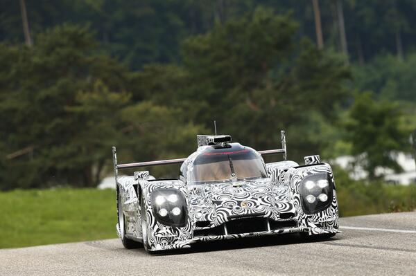 video-Porsche-LMP1
