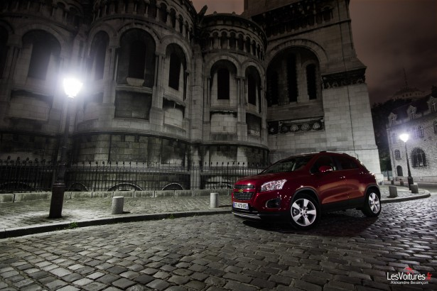 Halloween-Chevrolet-Trax-Paris-Road-Trip-6