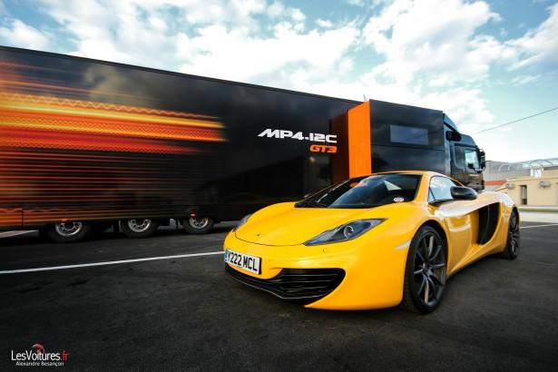 McLaren-GT3-12C-Truck