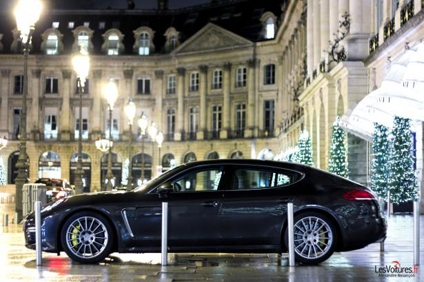 Porsche-Panamera-Turbo-11