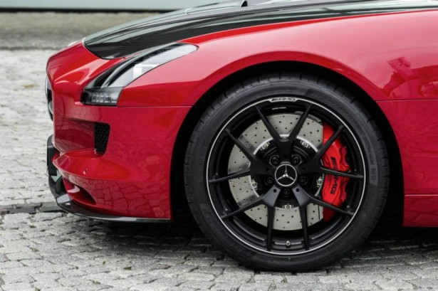 SLS-AMG-GT-Final-Edition-10