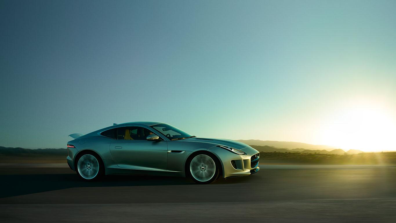 Jaguar F-Type Coupé : du Roadster au Coupé, Jaguar vers une nouvelle référence !