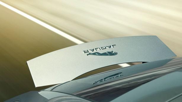 jaguar-f-type-coupe-17