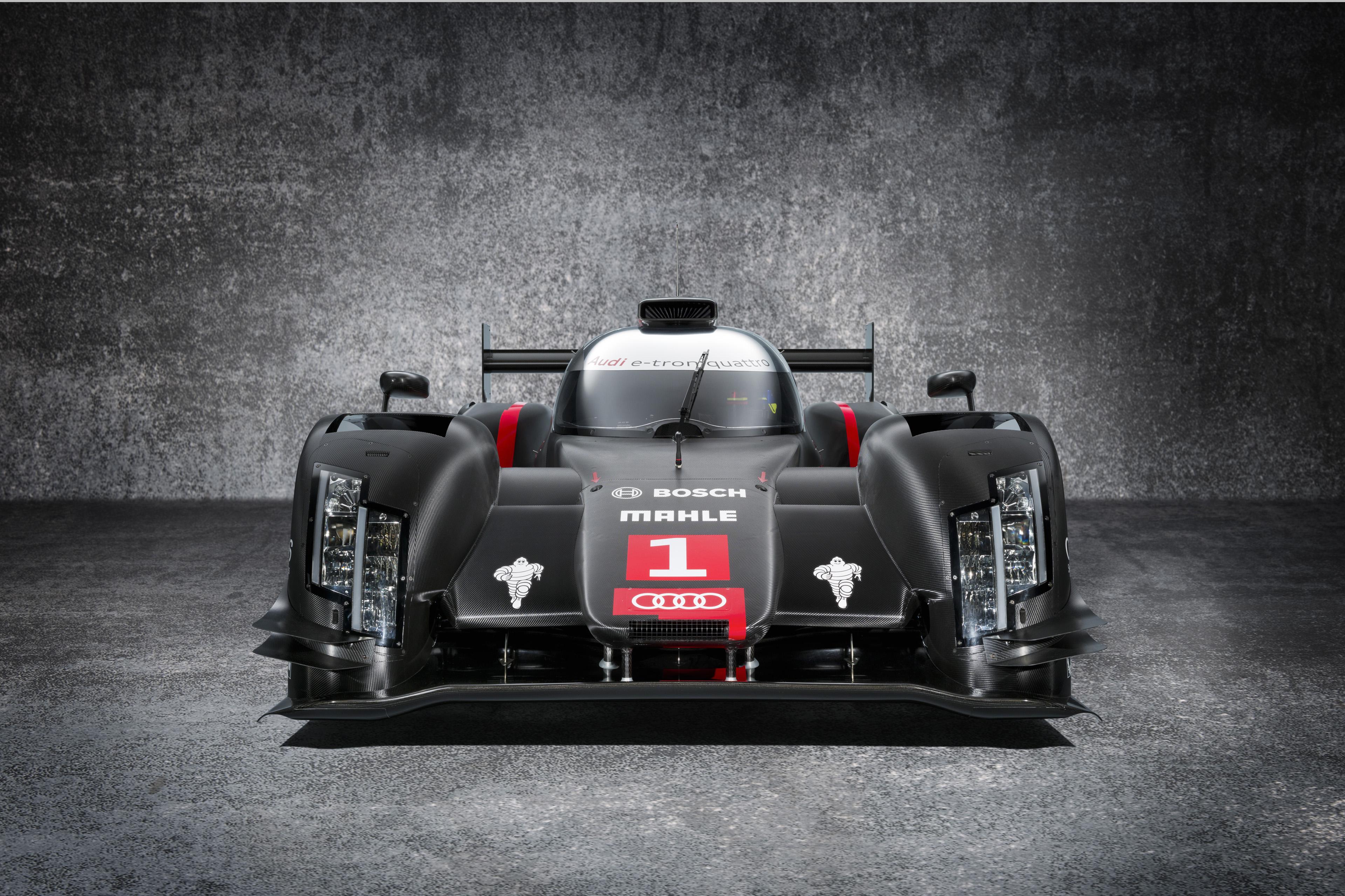 FIA WEC : Audi dévoile les premières photos de la R18 e-tron quattro version 2014 !