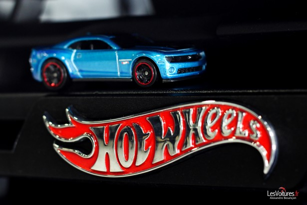 Chevrolet-Camaro-Hot-Wheels-12