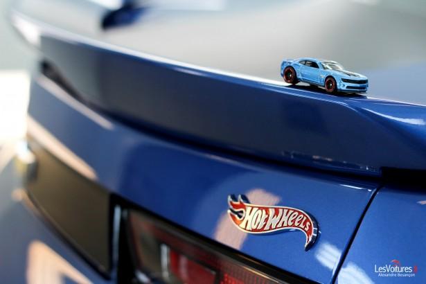 Chevrolet-Camaro-Hot-Wheels-16