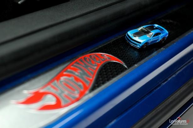 Chevrolet-Camaro-Hot-Wheels-17