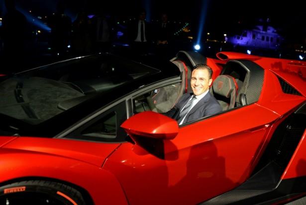 Fabio-Cannavaro-Lamborghini-Veneno