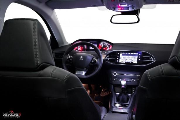 Peugeot-308-Féline-4