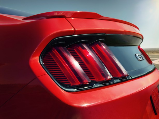 nouvelle-ford-mustang-2015-11