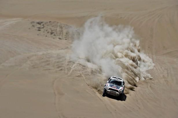 Al-Attiyah-MINI-Dakar-2014-9