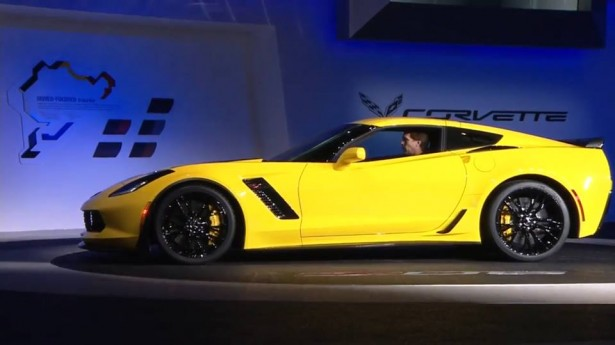 Corvette-Z06-2015-NAIAS-2014
