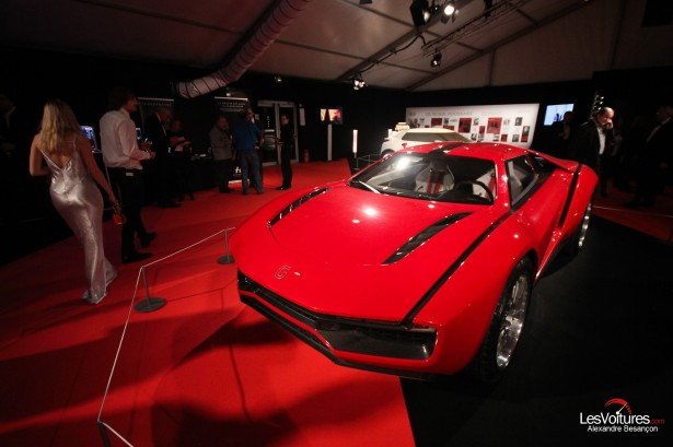 Italdesign-Giugiaro-Parcour-concept-car