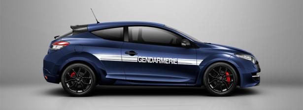 Megane-RS-Gendarmerie-2014-Japon