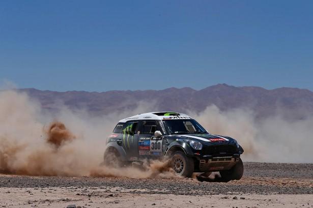 Peterhansel-MINI-All4-Dakar-2014-7