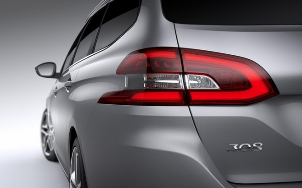 Peugeot-308-SW-2014-ar